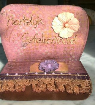Handbag_shaped_card_inside